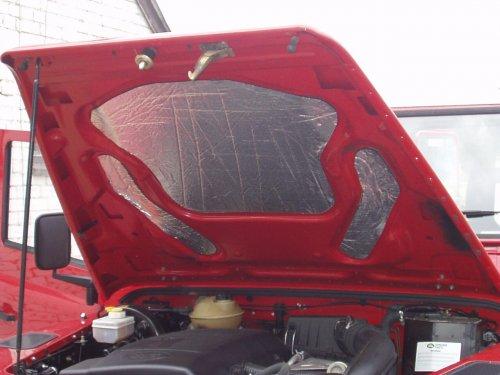 Land Rover TD5 Underbonnet