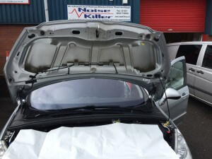 Peugeot 308 Under bonnet before