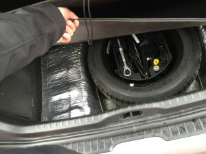 Peugeot 308 spare wheel replaced