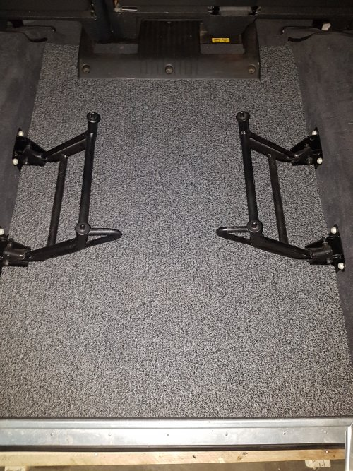 Land Rover Luxury Rear Floor Mat